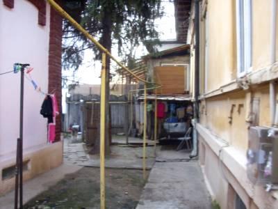 Casa situata central, pe Al. Macedonski