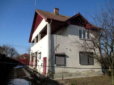 Casa situata in sat Braniste