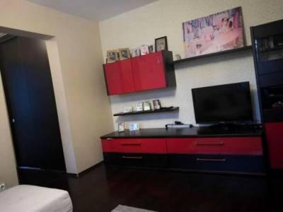 Apartament cu 3 camere situat la Simplon, la H-uri