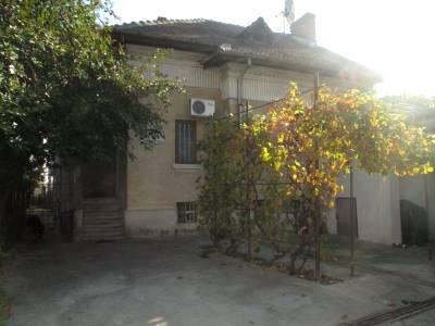 Casa solida situata pe strada Calea Unirii