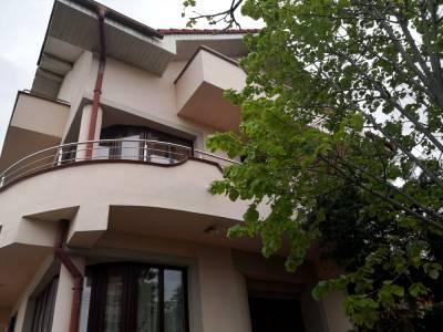 Vila deosebita, Brazda lui Novac, Craiova