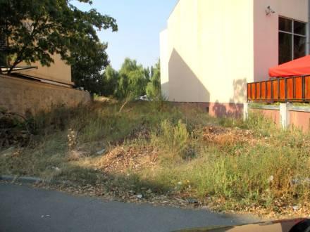 Teren central, in Brazda lui Novac, langa BRD, Craiova