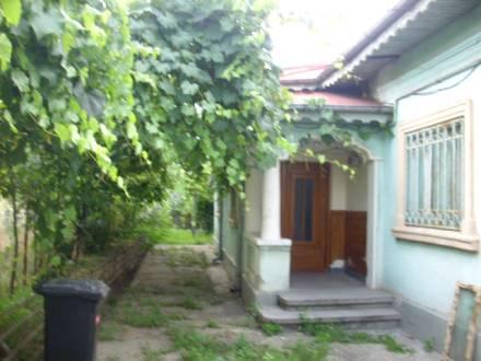 Casa situata langa Parchetul de pe langa Judecatoria Craiova