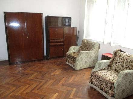 Apartament in casa, situat central, langa AJOFM