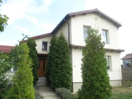 Casa deosebita situata in com. Albesti