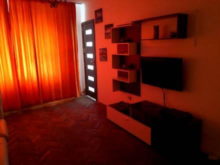 Apartament 2 camere de inchiriat, semidecomandat, Amaradia