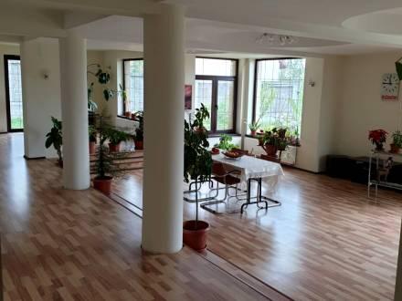 Vila noua, spatioasa, Bariera Valcii , Craiova